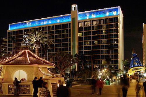 At The Disneyland Resort In Anaheim California Leisure And Business Travelers Will Now Find Three Disney Owned Operated Hotel Properties Luxurious